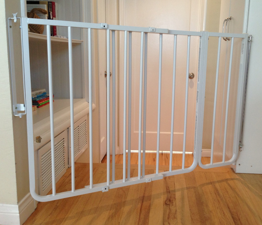 ... Babyproofing Company Baby Safe Homes, Shows The Gate (with An  Extension) Set Up At An Angleu2014there Is No Other Way To Install A Gate In  This Location.