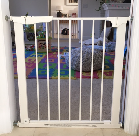 ChildPressureGateNewportBeach Baby ... & Baby Safety Gate for Toddlers Play Room | Baby Safe Homes