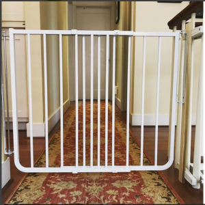 Sectional child safety gate