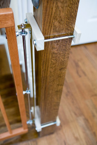 Example of NO HOLES Banister Clamps: