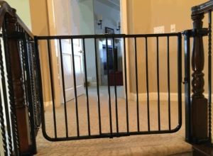 Top of Stairs Baby Safety Gate Coto de Caza